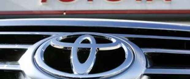 Güçlü yen Toyota'nın kârını eritti