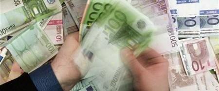Hazine üç yıl sonra Euro cinsi borçlandı