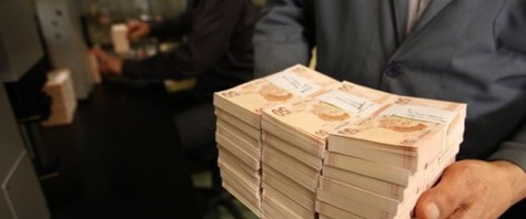 Her dakika 380 bin lira vergi ödüyoruz