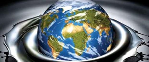 IEA: Petrol fiyatları yavaşlamaya yol açar
