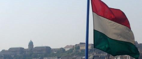 IMF, Macaristan'la anlaşmayı askıya aldı