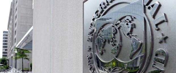 IMF Yunanistan'a nefes aldırdı