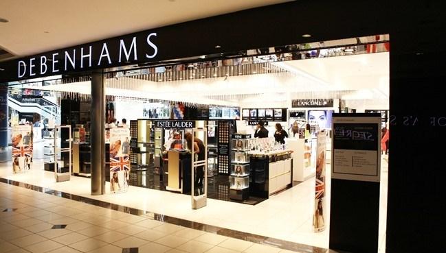 Debenhams 60 ülkede 260'ın üzerinde mağazayla faaliyet gösteriyor.