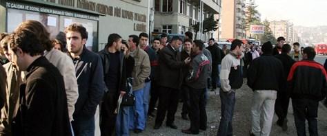 İşsizlik oranı 2010'da yüzde 11.9'a düştü