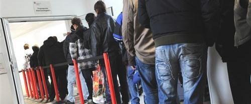işsizlik-nisan-oran150715.jpg