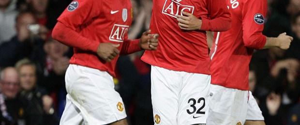 Kriz futbolu teğet geçti, en değerli MANU oldu