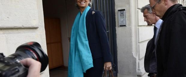 Lagarde Yüce Divan'da ifade veriyor