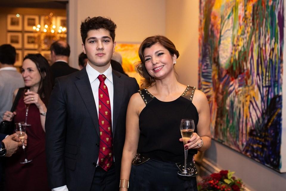 Ayşegül Peker ve oğlu Ahmet Peker