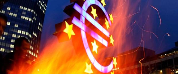 Merkez bankaları Yunanistan için tetikte