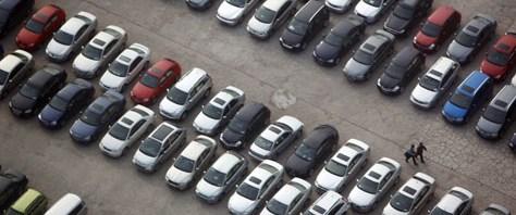 Otomobil satışına dolar darbesi