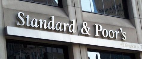 S&P Yunanistan'ın notunu kırdı