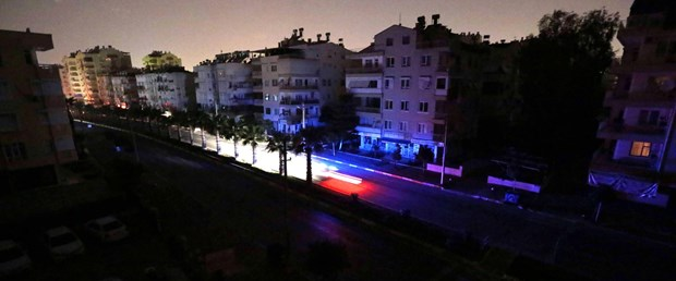 turkiyede-en-cok-bu-iller-karanlikta-kaldi_5431_dhaphoto3.jpg