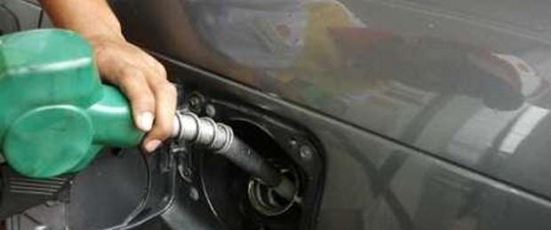 Türkler 1,40 liralık benzine koşuyor