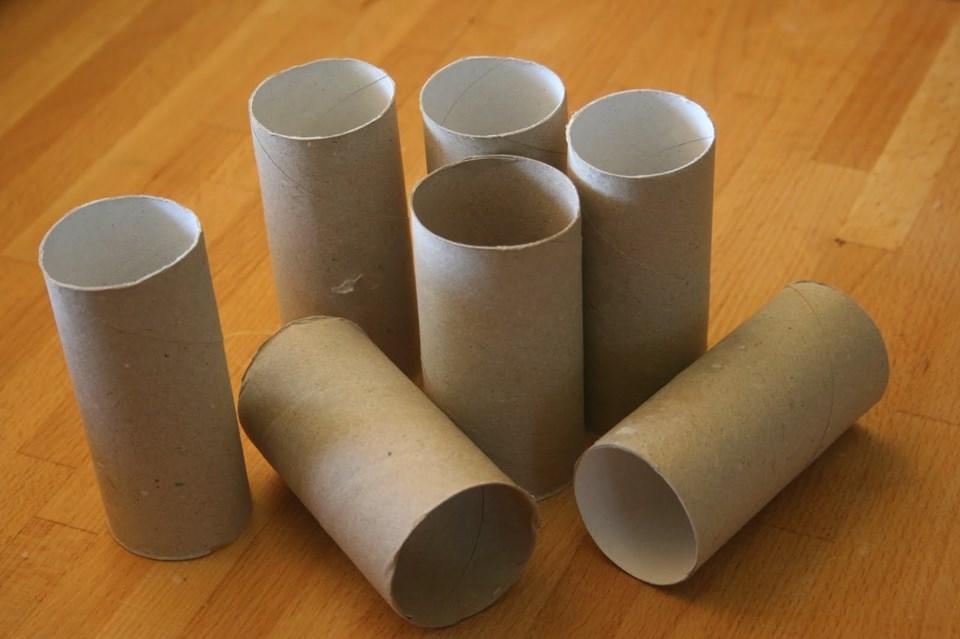 Standart tuvalet kağıdı rulosunun çapı genişleyince üzerindeki kağıt miktarı azalıyor.