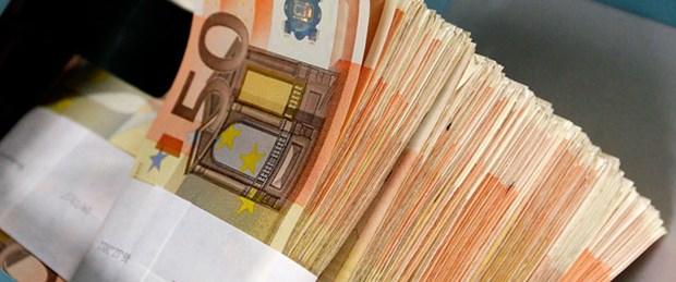 Yunan bankalardan mevduat çıkışı hızlandı