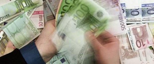 Yunanistan borçlarını ödeyebilecek mi?