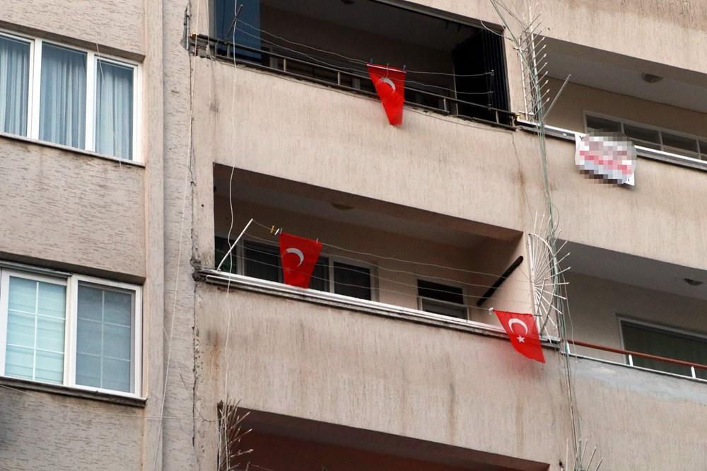 İskenderun'da patlamanın yaşandığı caddede teröre 'Türk bayraklı' tepki - 7