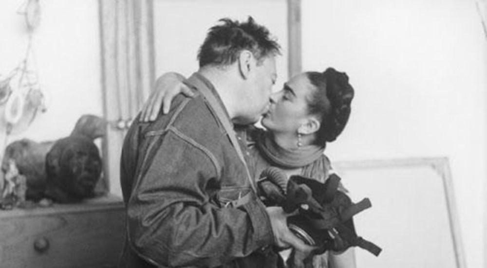 Ressam Frida Kahlo kimdir? (Tahta Bacak Frida Kahlo'nun hayatı) - 8