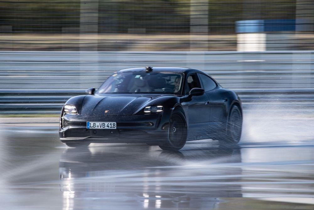 Porsche Taycan, Guinness Rekorlar Kitabı'na girdi - 1