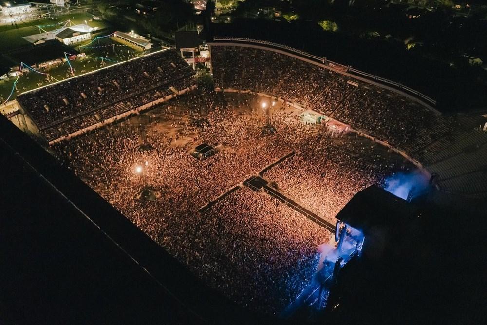 Dünya karantinadayken Yeni Zelanda'da 50 bin kişilik konser - 19