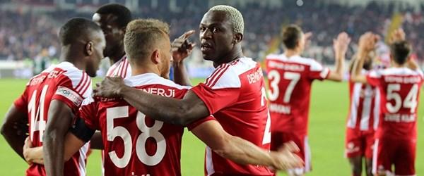 Sivasspor kazanmaya devam ediyor