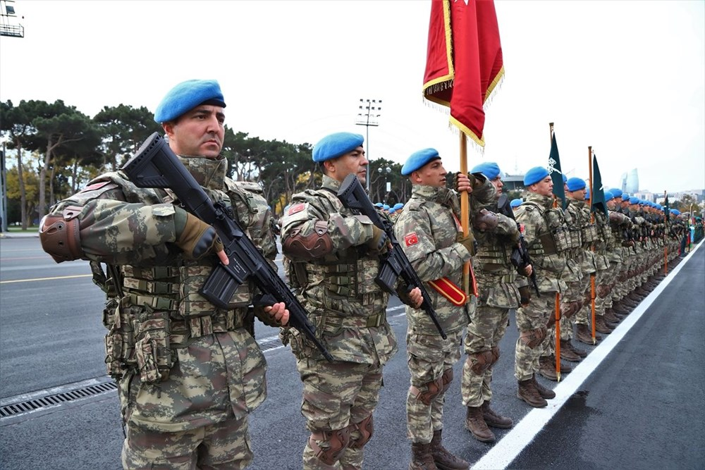 Azerbaycan, Dağlık Karabağ zaferini askeri geçit töreni ile kutlayacak - 7