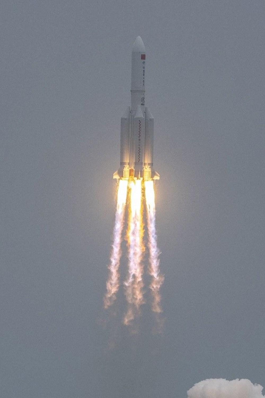 Çin'in uzaya gönderdiği roket kontrolden çıktı: Her yere düşebilir - 6