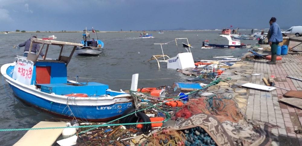 Balıkesir Ayvalık'ta fırtına: 20 tekne battı - 8