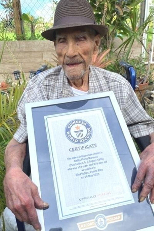 Guinness duyurdu: Yaşayan en yaşlı erkek açıklandı - 4