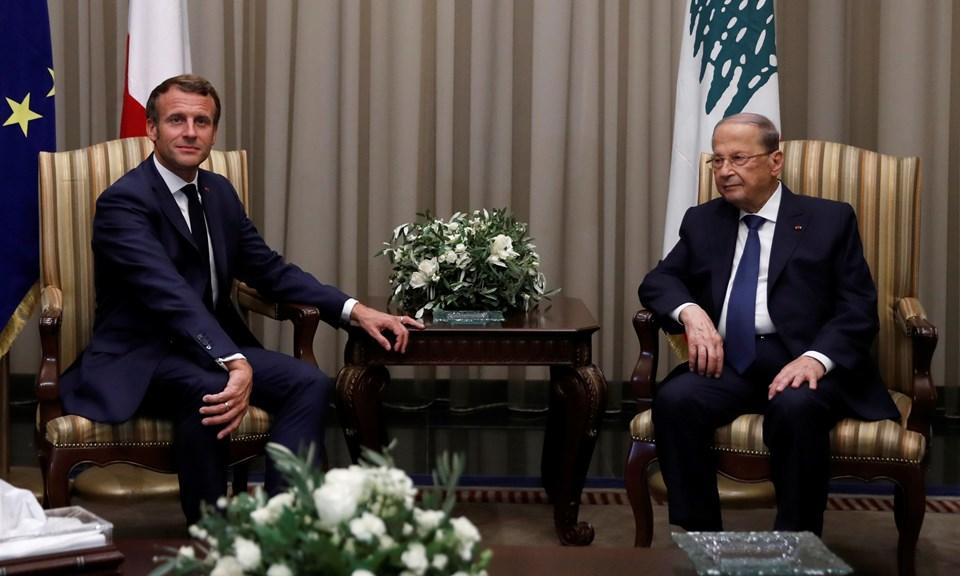 Fransa Cumhurbaşkanı Macron, Beyrut patlaması sonrası ülkeye tartışmalı bir ziyaret gerçekleştirdi.