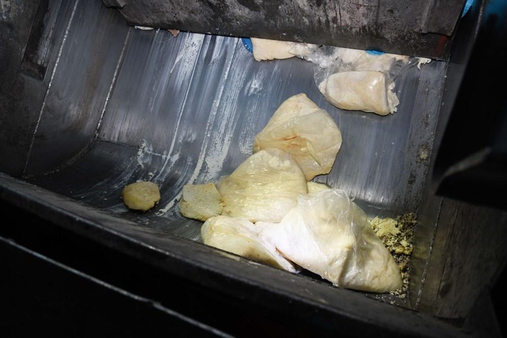 Kaçak peynir imalathanesine baskın - 9