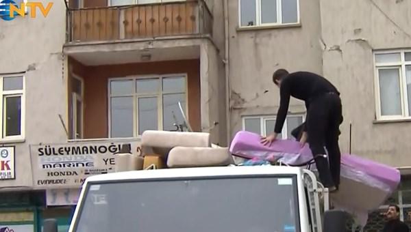 Elazığ'da deprem bölgesinde taşınma telaşı (NTV ekibinin izlenimleri)