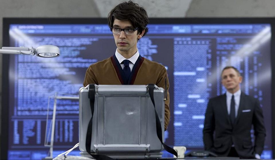 Spectre (2015) filminde ajan Q'yuBen Whishaw canlandırdı