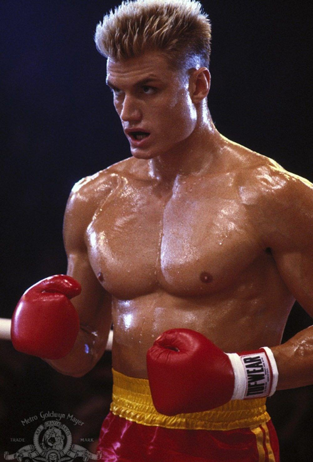 Rocky filminin yıldızı Dolph Lundgren 38 yaş küçük nişanlısıyla tatilde - 4