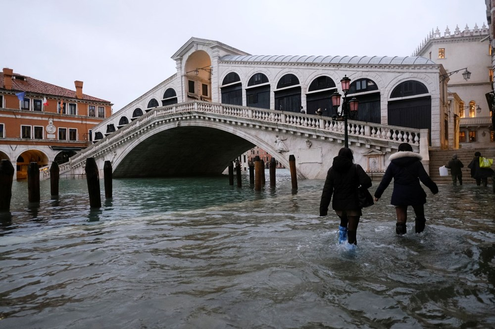 Venedik'te yine su baskını: Milyar dolarlık proje işe yaramadı - 12