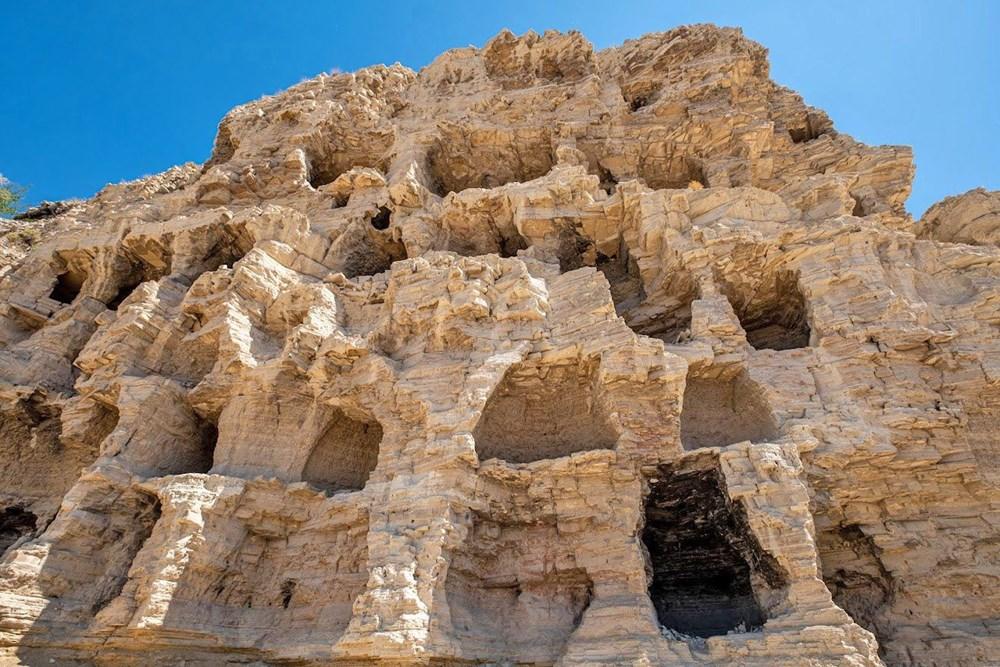 Sivas'ın 4 bin yıllık Hititler dönemi 'apartman mağaraları' ilgi çekiyor - 3