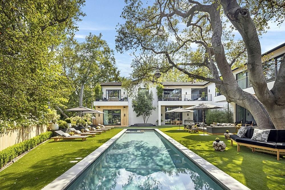 Sophie Turner ve Joe Jonas evlerini 15,2 milyon dolara sattı - 12
