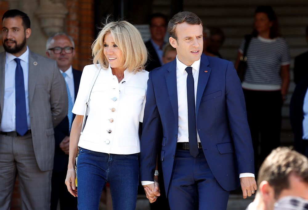 First Lady Brigitte Macron Kahvaltida Ben Ve Kirisikliklarim Esim Ve Gencligi Magazin Haberleri Ntv