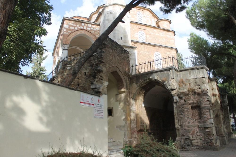 2,5 asırlık tarihi Cihanoğlu Külliyesi karalama duvarı haline geldi - 6