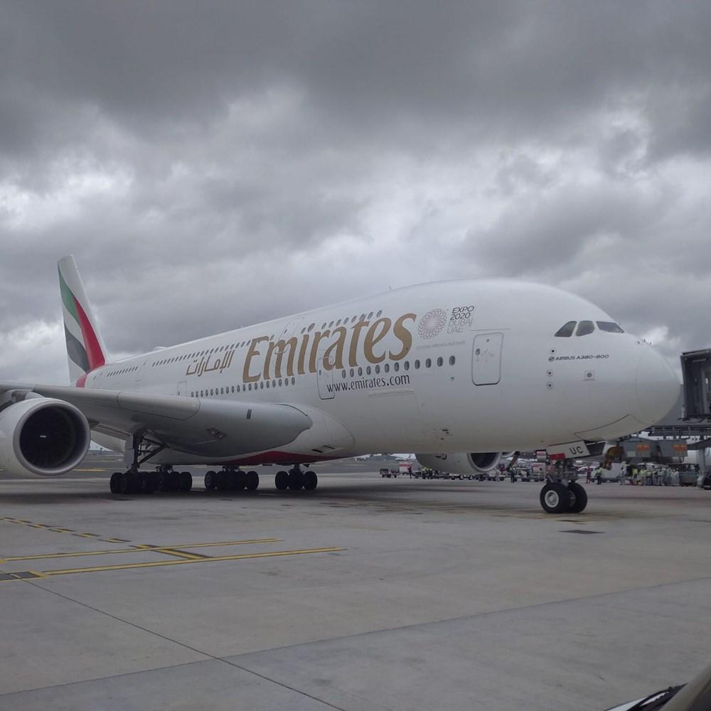 Dünyanın en büyük uçağı İstanbul'a ilk yolcularını taşıdı - 3