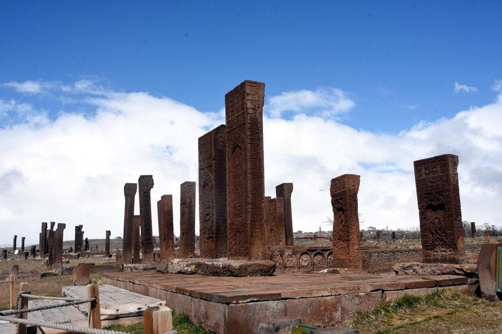 Anadolu'nun Orhun Abideleri: Ahlat Selçuklu Meydan Mezarlığı - 12