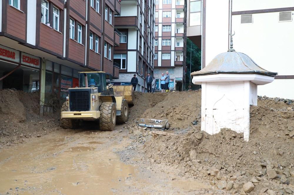 Rize'de sel ve heyelan afetinin hasarı gün ağarınca ortaya çıktı - 26