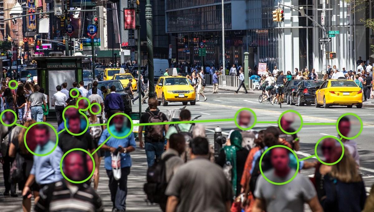 2 milyar dolarlık gözetim teknolojisi: Suratınıza bakarak adınızı tahmin edecek