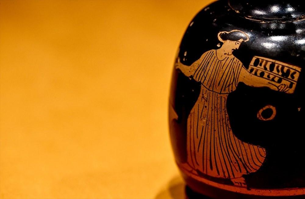 Tarihi 'parfüm şişeleri' ilk kez sergileniyor - 2
