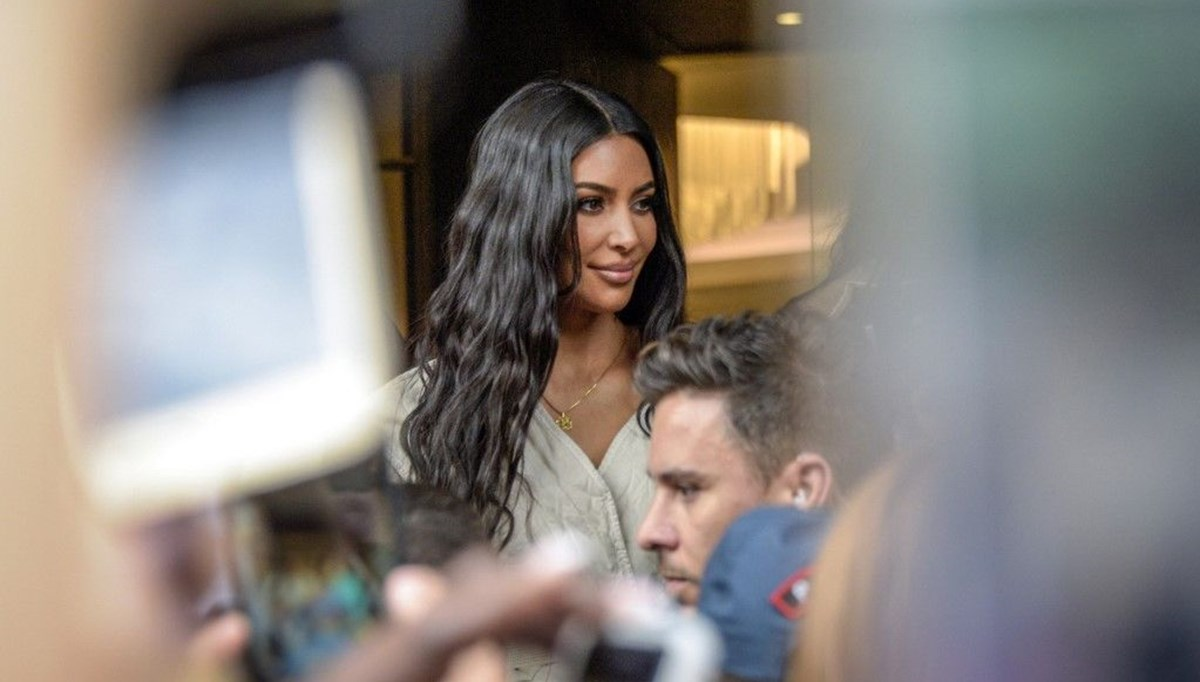 Kim Kardashian tacizci için üç yıl uzaklaştırma kararı aldırdı