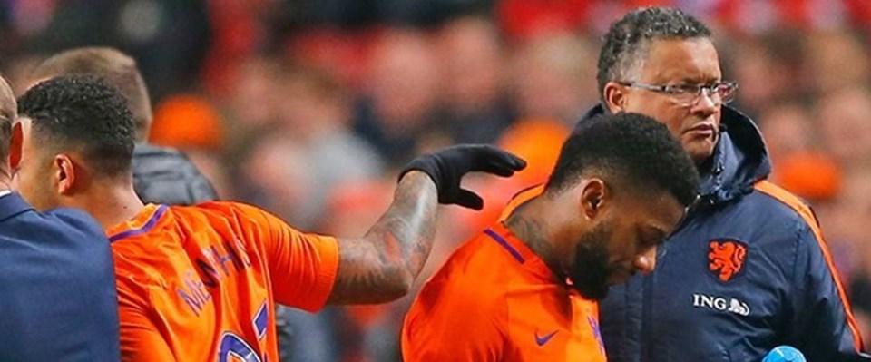 Lens, dün geceki Hollanda-Belçika maçında sakatlanarak oyundan çıktı, derbide durumu şüpheli.