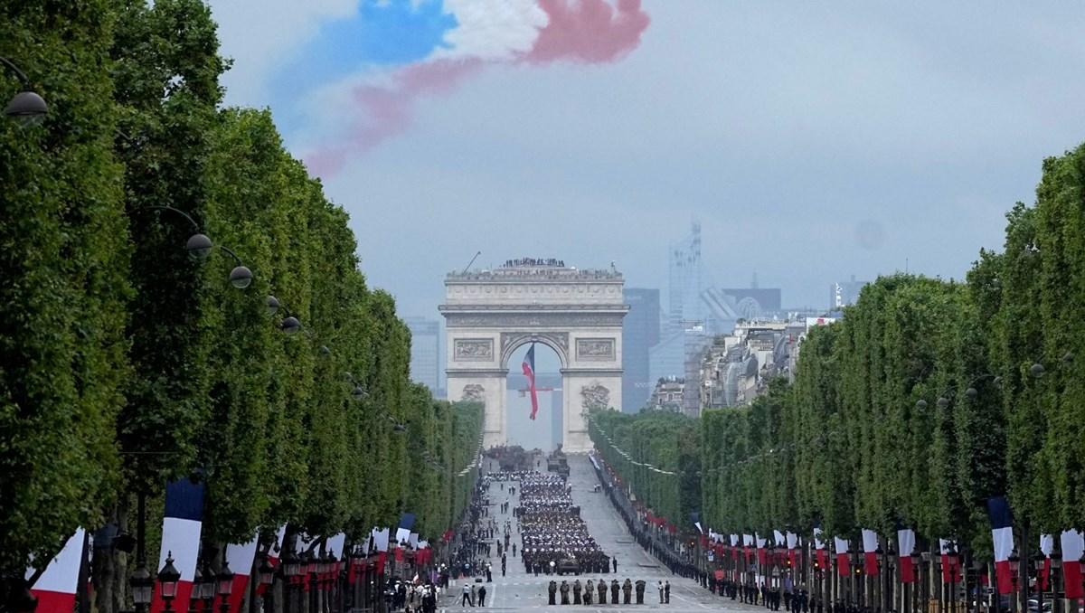 Fransa'da Bastille Günü coşkuyla kutlandı