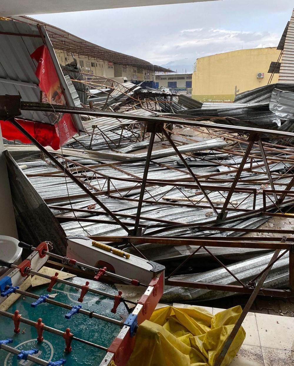 Antalya Kumluca'da kuvvetli rüzgar ve dolu: 1 ölü - 5