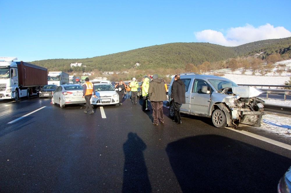 TEM'de buzlanma kazası: 9 araç birbirine girdi - 3