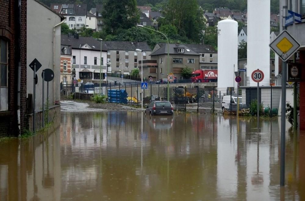 Almanya'da sel: 33 kişi hayatını kaybetti - 15